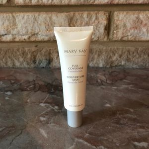 Demo Mary Kay Full Coverage Foundation Beige 402